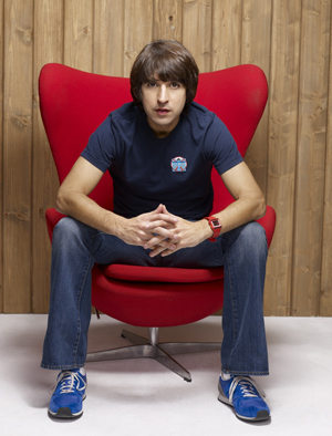 Photo of Demetri Martin.